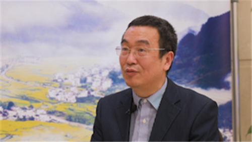 江西省政协委员饶振华:设置五年过渡期 全面推进乡村振兴