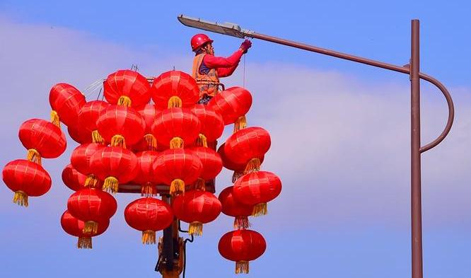 会昌:灯笼高挂年味浓 红红火火迎新春