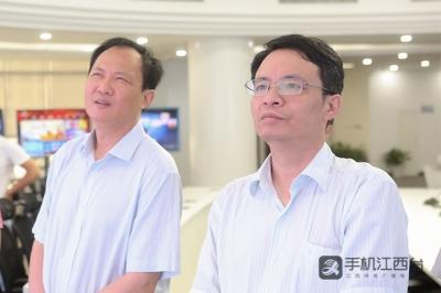 """都昌县县委书记肖立新一行参观""""赣云""""融媒体中心"""