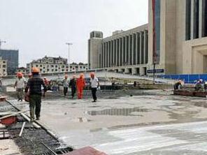 南昌火车站东广场落客平台显雏形 明年9月完工