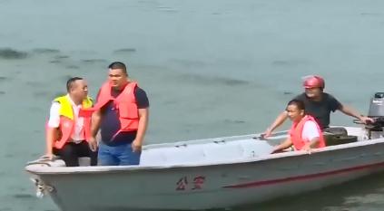 武宁对庐山西海水域非法浮动设施进行集中整治