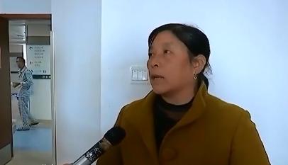 萍乡:司机忘关货车门 撞倒人浑然不知