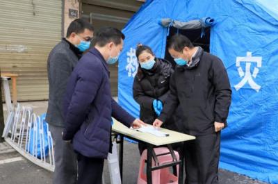 刘建中督导萍乡经开区疫情流动性管控工作