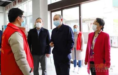刘朝阳到昌江区指导调研疫情防控和复工复产