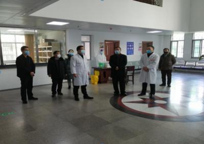 吉州区委副书记王魏一行看望慰问吉安市第一人民医院一线医务人员