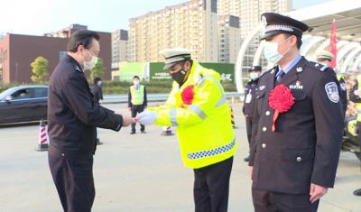 南昌市公安局及时表彰一线抗疫干警,31人记三等功,211人受嘉奖
