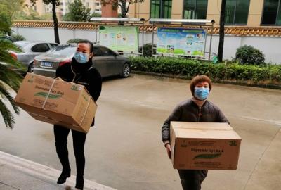 黎川一爱心企业捐赠口罩3000个
