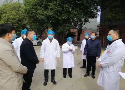 吉州区委常委、组织部长谢启龙带队检查指导吉安市第一人民医院疫情防控工作