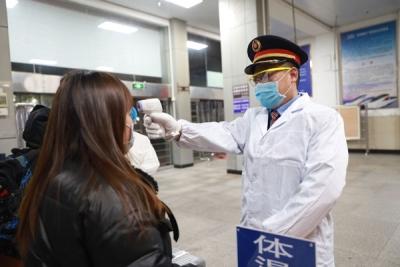 鹰潭车站全力做好节后返程高峰准备工作