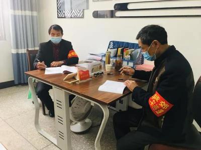 """【暖新闻•江西2020】一支活跃在农村的""""银发""""志愿队"""