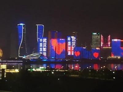 全国GDP十强城市落定:重庆紧追广州,武汉居第七