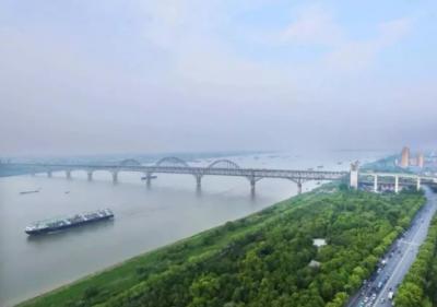 """《一江清水向东流打造""""长江最美岸线""""九江在行动》专题片全网密集转发"""