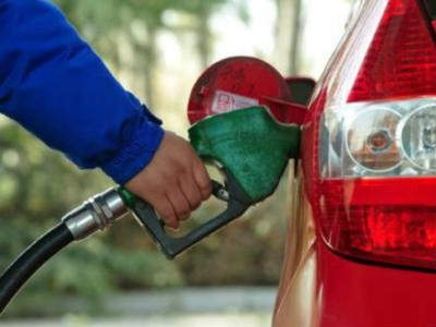 """调价窗口将再开启 国内油价调整大概率""""六连停"""""""