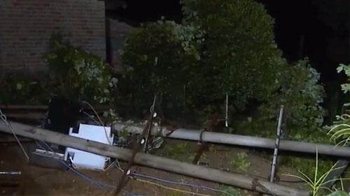 宜丰县遭受8级以上雷雨大风袭击