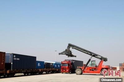 吉林陆海互补的国际通道推动外贸逆势上扬