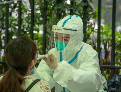 蒋斌调研乡镇核酸检测能力提升工作