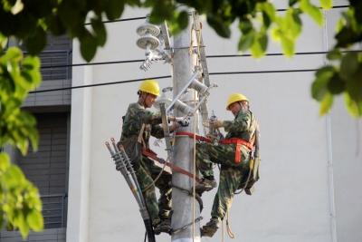 电力托起稳稳的幸福——国网江西电力服务脱贫攻坚工作综述