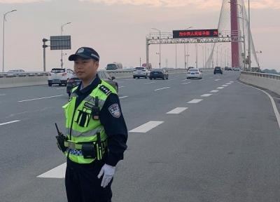 """南昌交警""""135""""机制初见成效 南昌市城区交通拥堵指数全面下降"""
