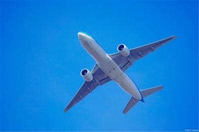 """民航局:发现10名阳性旅客,中美一直航航班被""""熔断"""""""