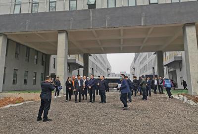 萍乡市委书记李小豹深入十七冶萍乡周江信息产业园项目走访调研