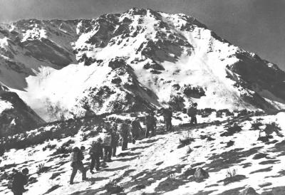 1934,红军不怕远征难