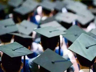 高校毕业生就业意向呈现三多趋势