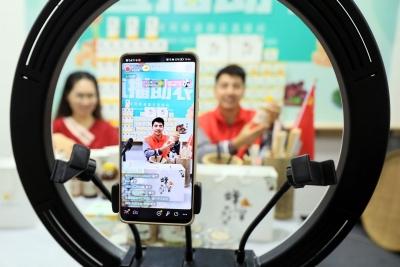 【江西是個好地方——宜常來?春常在】江西宜豐:黨員志愿者 助農保豐收