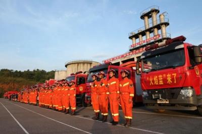 和河南一起扛!今日凌晨,江西392名消防员火速驰援!
