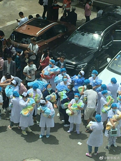 感动!地震来袭,赫章医护人员逆行守护新生儿-新华网