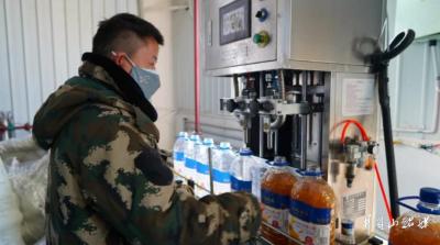 新疆企业:全力以赴战疫情 开足马力保供应