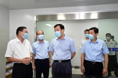 刘奇书记来到基层看望慰问一线禁毒民警,调研推进全省禁毒工作