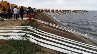 江西29座进洪圩堤开始排涝