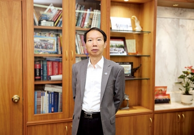 中国长城资产董事长沈晓明:筑牢金融防火墙 强化救助服务