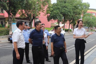 蔡伟胜、吕建安到吉水中学检查禁毒工作
