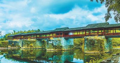 江西婺源群众为古廊桥找回50多个遗失构件 发出彩虹令 守护彩虹桥