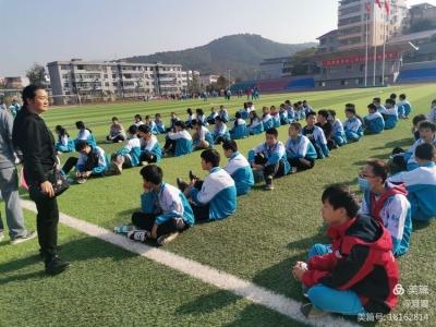 吉水三中九年级开展中考体育模拟测试