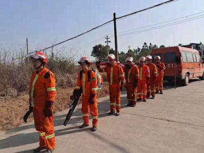 吉水县专业森林消防大队积极开展森林防火巡查宣传工作