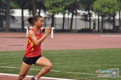 残奥冠军贾君婷仙:逐梦青春绽放芳华 砥砺奋进绘就多彩人生