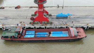 孟加拉帕德玛大桥铁路连接线钢梁在九江首发