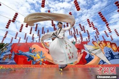 """""""国潮""""京剧进长沙乐园 推广传统文化"""